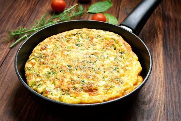 Stir-fried vegetable omelette.