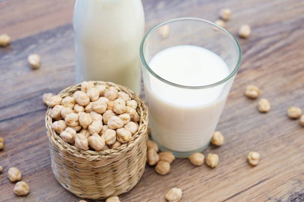 Non dairy milk alternatives
