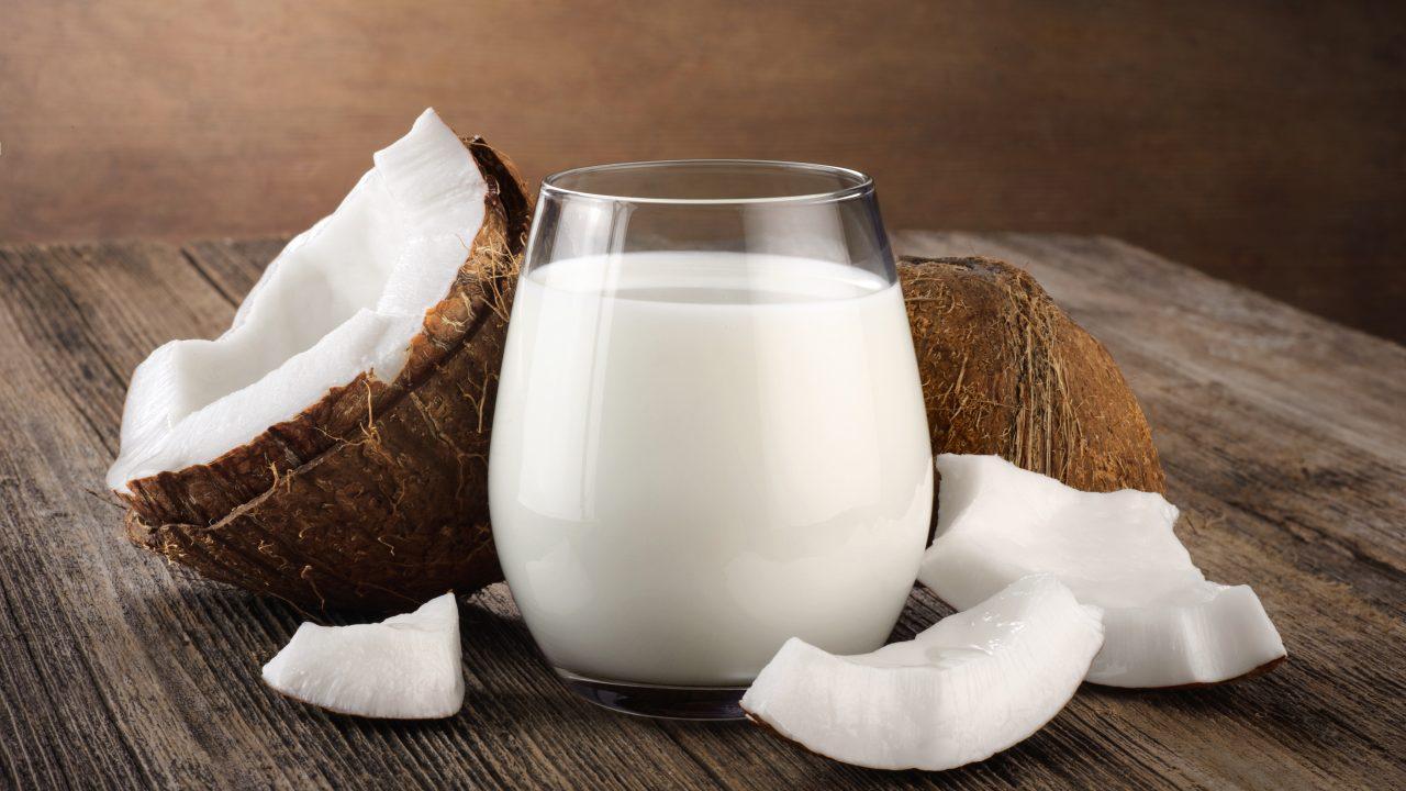 Health Benefits of Drinking Coconut Milk